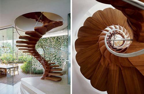 Деревенная винтовая лестница